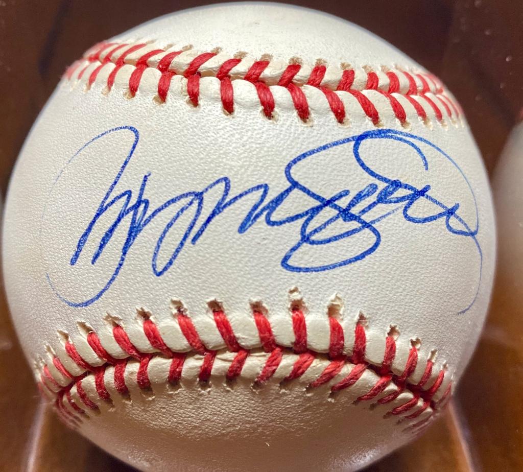 1992 or 1993 Ryne Sandberg single signed baseball