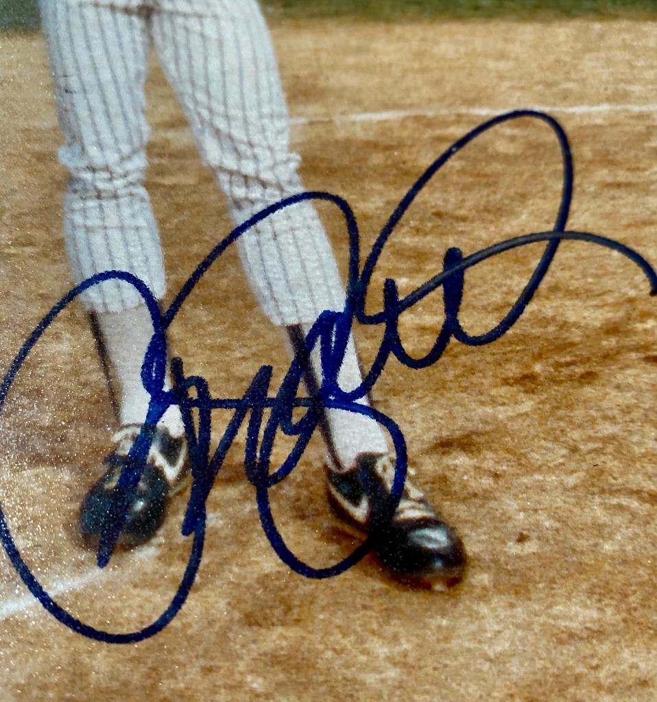 Ryne Sandberg 1988 Chicago Cubs Signed Photograph